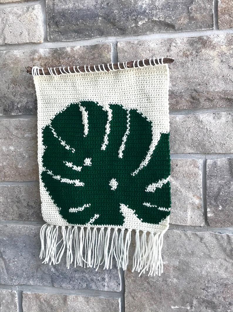 Crochet Pattern Boho Wall Hanging Monstera Leaf Tropical image 0