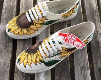 0f545aa4097a75 Custom Hand-Painted Sunflower Low-Pro Vans