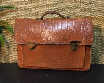 db65e007db95 Vintage 1970 s Distressed Brown Pressed Paper Leather Small Size Briefcase    Document Bag