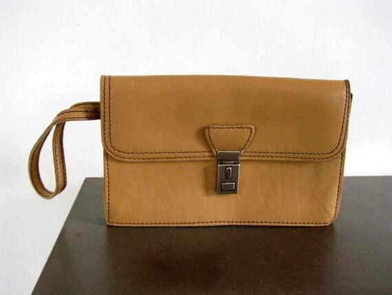 Plein des années 80 du sac à main poignet pour homme en cuir sable brun sac à main de tous les hommes sac pochette en cuir Vintage Mens poignet sac à main souple en cuir masculin argent