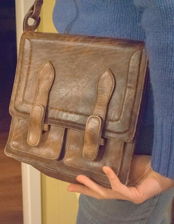 Vintage messenger shoulder bag/purse brown marbled