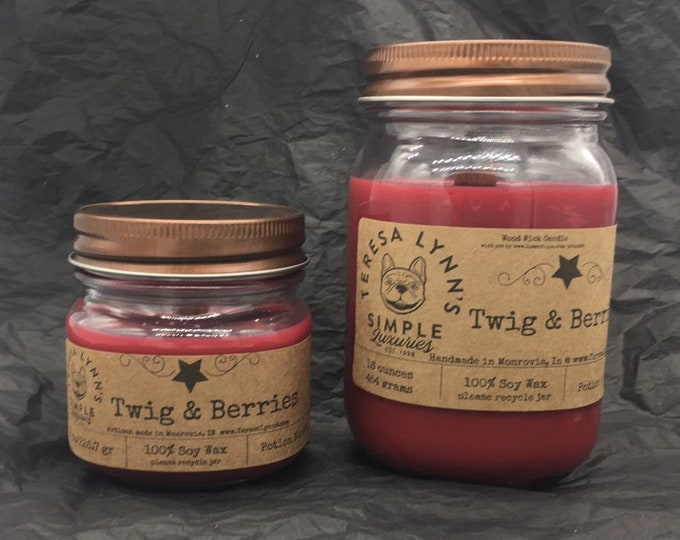 Twig and Berries-Pure Soy candle-Apple-cranberry-spice-farmhouse-wood wick-handmade-primitive-clean burning-rustic decor-vegan-natural wax