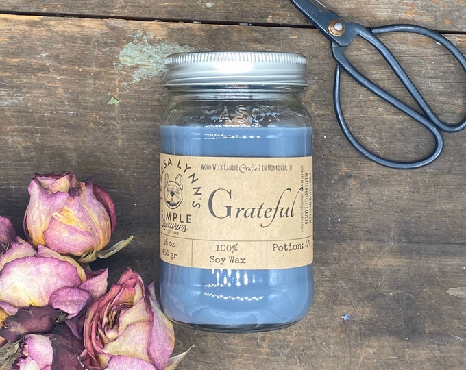 Grateful, soy candle, wood wick candle, calming, meditation, anxiety relief, phthalate free, carbon neutral, woodwick, gray candle, center