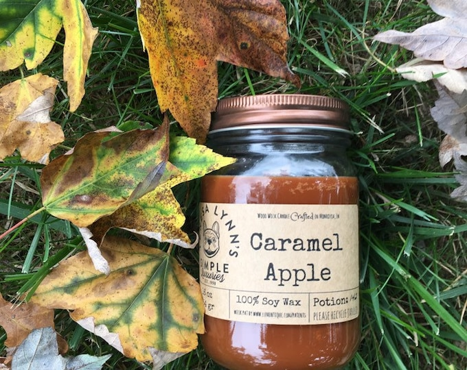 Caramel Apple, Candle, Wood Wick, Autumn, Fall, Farmhouse, spice, essential oil, soy, candy, handmade, caramel, soy candle, woodwick, jar