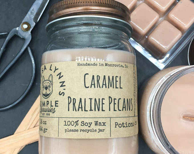 Caramel Praline Pecans, candle, soy wax, wood wick, natural candle, candy, pecans, phthalare free, zinc free, benzene free, pralines, gift