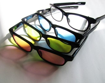 665b24ebb9 Vintage Deadstock Wayfarer sunglasses - Black Arm   Tinted Lenses - Blue