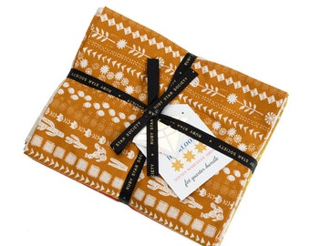 Heirloom Fat Quarter Bundle by Alexia Abegg for Ruby Star Society, 32 fat quarters RS4023FQ