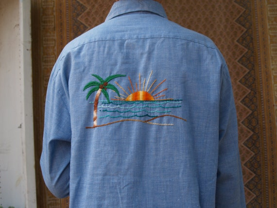 Vintage Embroidered Shirt//Tropical//Men's Large