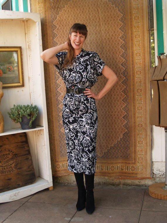 Vintage Black and White Roses Eighties Wiggle Dres