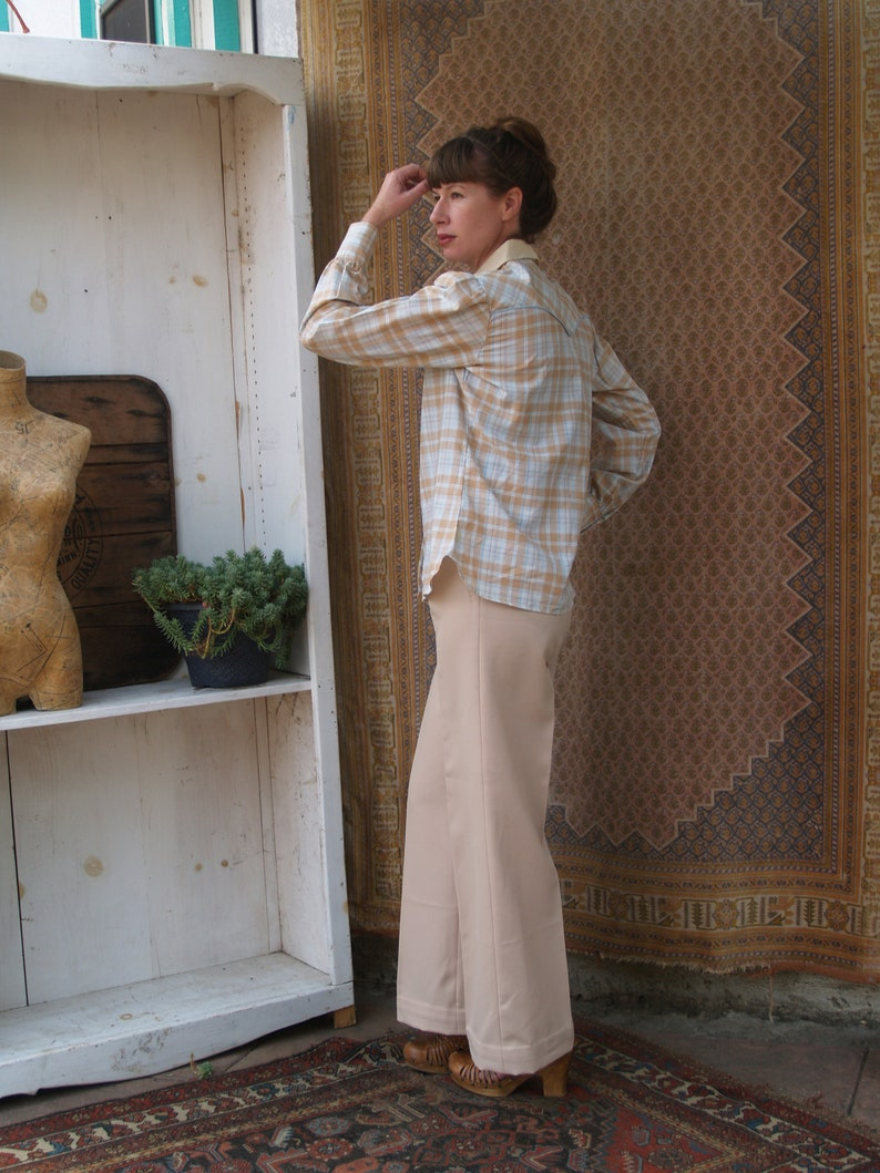 Vintage Pearl Snap Button Western Plaid Shirt