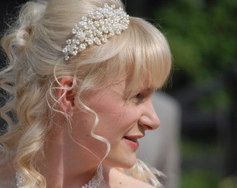 Elegant Freshwater Pearl & Crystal Side Detail Wedding Headband