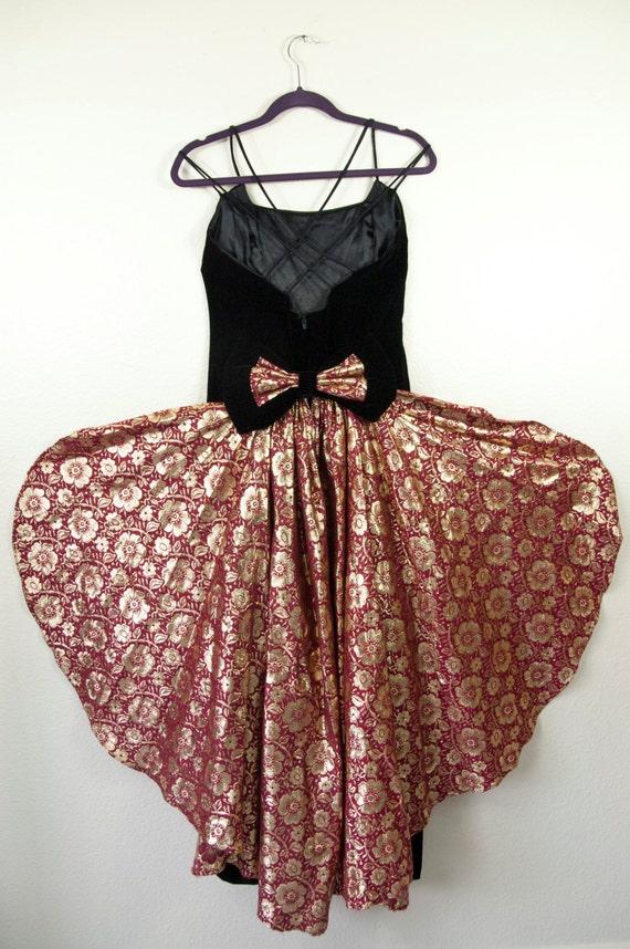 Vintage Jessica McClintock 1980s Velvet Prom Dress - image 1