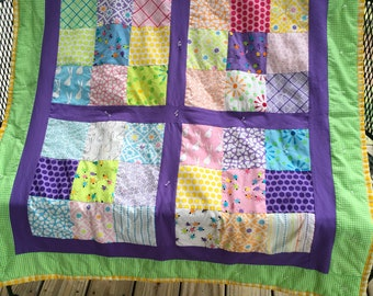 Summertime Quilt!  Bright Happy Colors for Baby!  42 X 42 inches