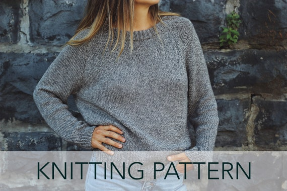 634c892913a9 Knitting Pattern    Raglan Grey Crewneck Sweatshirt Vintage