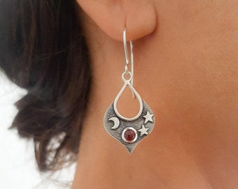 Moon and stars earrings, Silver and garnet earrings, arabic style earrings, , dangle earrings with precious stones,