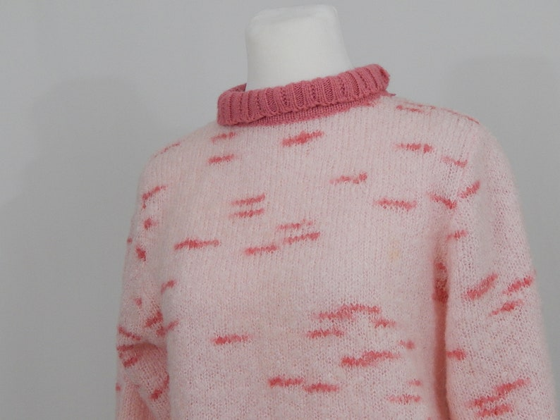 10c5ad5b85 Vintage 80s Eighties Women's Pink Pullover Sweater Oversized Graphic  Heather Pattern Mockneck Mi Ki by Majestic