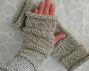 Womans Handmade Woolen Fingerless Gloves in Oatmeal Beige /Handknit Gloves/Womens Tweed Wool Fingerless Gloves /OSLO