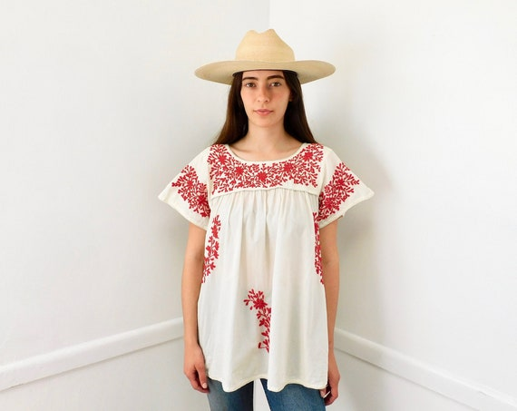 Geranium Blouse // vintage hand embroidered cotton tunic white crochet dress top shirt hippie Mexican // O/S