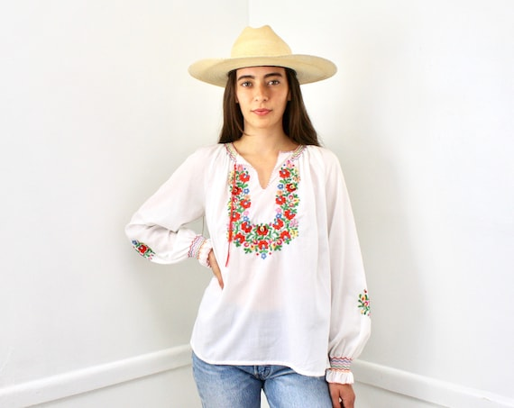 Swiss Miss Blouse // vintage boho hippie 70s 1970s hand embroidered dress hippy cotton white // O/S