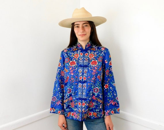 Saphire Silk Blouse // vintage dress boho hippie Asian jacket hand embroidered robe silk 70s blue Chinese // O/S