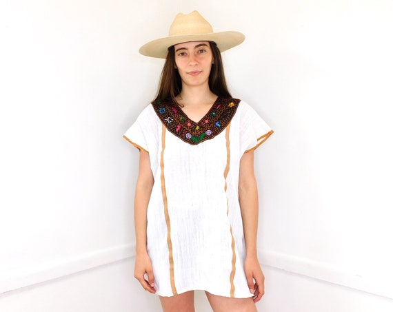 Mexican Huipil Mini // vintage 70s sun Mexican hand embroidered 1970s boho hippie hippy beach cover white tunic dress // O/S