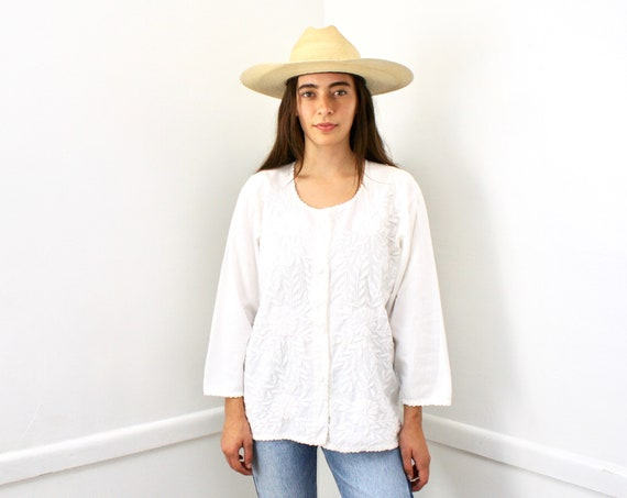 Oaxacan Blouse // vintage 70s 1970s cotton boho hippie Mexican hand embroidered dress hippy white // O/S