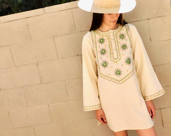 Indian Hand Embroidered Tunic // vintage 70s ivory white dress blouse boho hippie hippy 1970s woven cotton mini // O/S