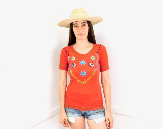 Indian Hand Embroidered Bird Tee // vintage 70s 1970s t-shirt boho hippie t shirt dress red cotton blouse top French // XS