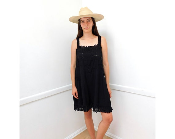 Victorian Crochet Dress // vintage boho hippie slip high waist shift midi black mini grunge embroidered Victorian 1900s sun // S/M