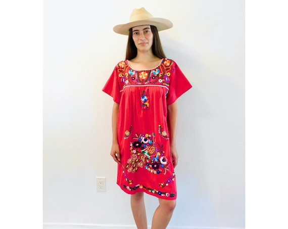 Mexican Dress // vintage sun Mexican hand embroidered floral 70s boho hippie cotton hippy red midi mini // O/S