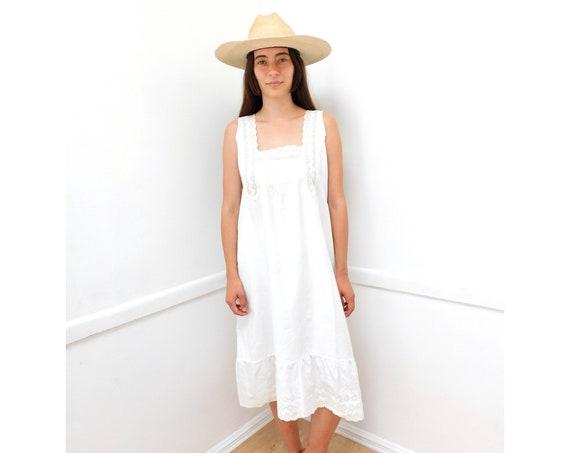 Victorian Crochet Dress // vintage boho hippie slip high waist shift midi white Victorian 1900s sun // XS/S