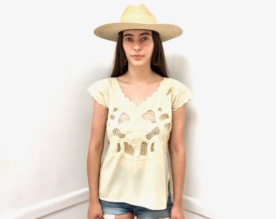 Crochet Blouse // vintage 70s boho hippie tank top shirt dress hippy // S/M