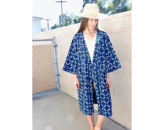 Indigo Dragonfly Kimono // vintage white dress boho hippie blouse top 70s 1970s cotton robe // O/S