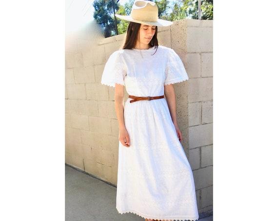 Lanz Embroidered Dress // vintage boho country midi sun hippie hippy 70s wedding 80s high waist // S Small