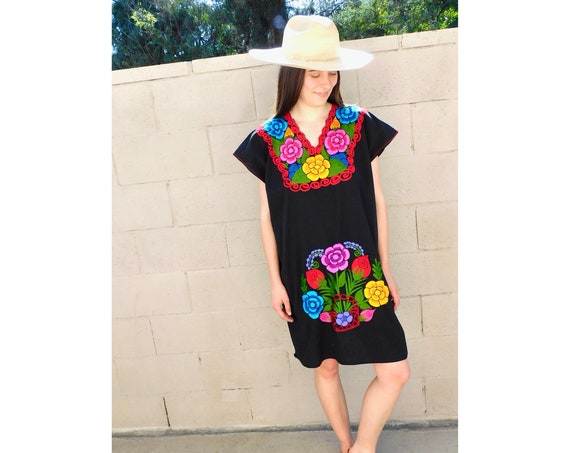 Embroidered Mexican Dress // vintage 70s Mexican sun embroidered midi 80s black boho hippie sun hippy // O/S