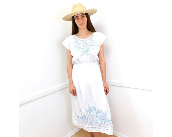 Embroidered Two-Piece Set // vintage white 70s crochet Mexican skirt blouse boho hippie dress hippy // O/S