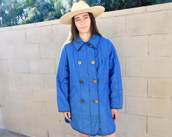 White Bear Puffer Coat // vintage boho hippie hippy jacket dress winter snow 70s 1970s blue 80s light // O/S