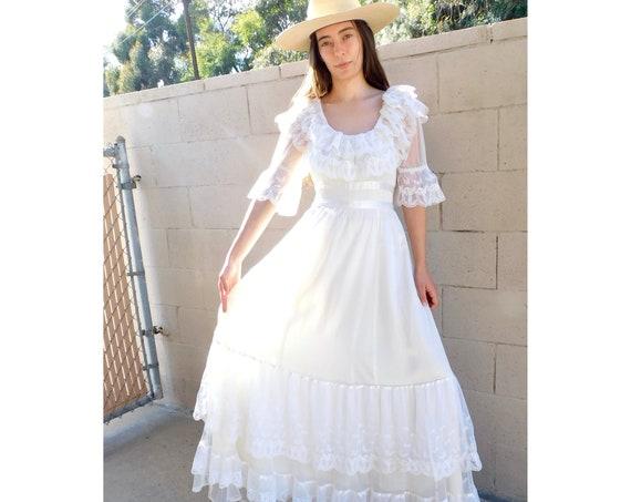 Gunne Sax Bridal Dress // vintage 70s boho hippie wedding 1970s hippy ivory white country empire waist high prairie lace maxi // S/M