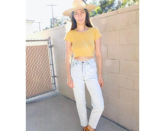 USA Levi's 501 Jeans // vintage boyfriend faded Levis light wash Levi 80s 1980s tapered skinny taper 7 // 25 26