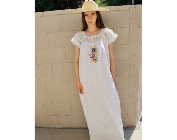 Oaxacan Dress // vintage 70s crochet sun Mexican hand embroidered floral maxi 1970s boho hippie cotton hippy white // O/S