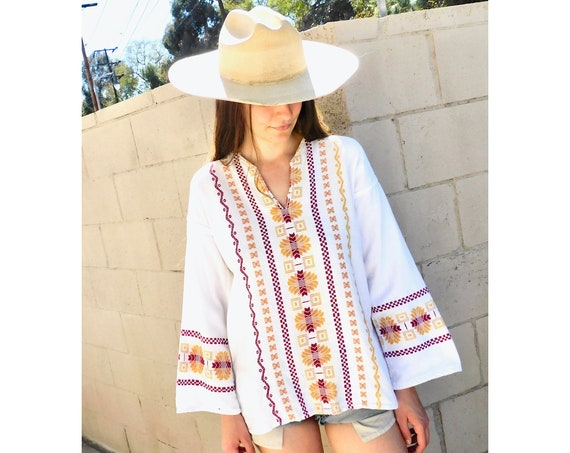 Baja Blouse // vintage 70s Mexican white cotton boho hippie tunic embroidered dress hippy // S/M