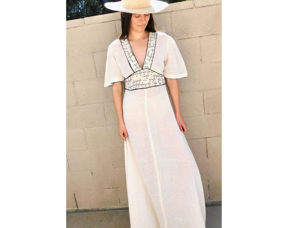 Indian Ivory Dress // vintage boho embroidered cotton hippie hippy maxi 70s empire high waist // S Small