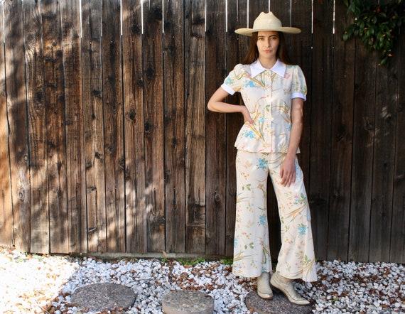 Huckleberry Set // vintage pants bell bottoms blouse hippy high waist white boho hippie dress hippy 70s // S/M