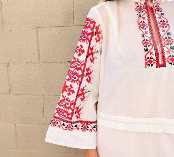 Romanian Hand Embroidered Dress // vintage boho H… - image 8