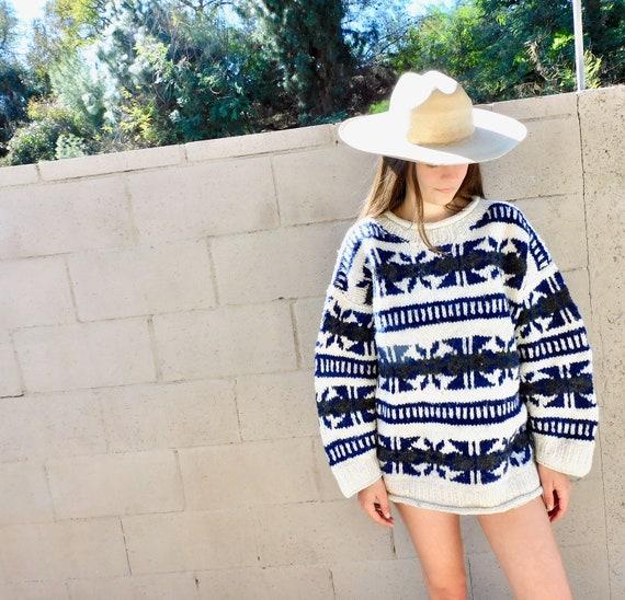 Cowichan Sweater // vintage 70s knit boho hippie grey white dress blouse hippy sweater 1970s // O/S
