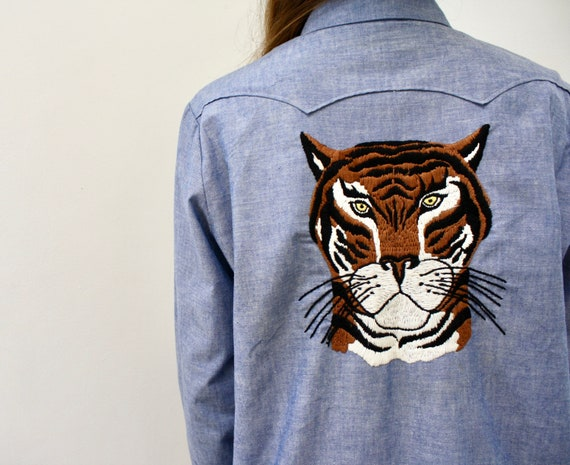 Eye of the Tiger Blouse // vintage 70s denim 1970s boho country cotton hippie blue chambray dress cat embroidered western // O/S