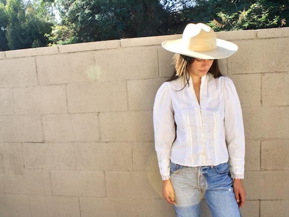 Gunne Sax Blouse // vintage 70s white lace cotton dress blouse country prairie boho hippie // S Small