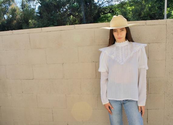 Gunne Sax Blouse // vintage 70s white crochet lace cotton dress blouse country prairie boho hippie // O/S