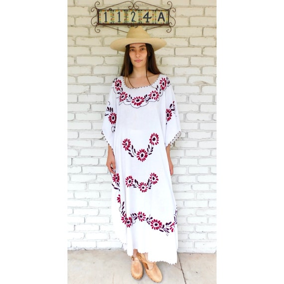 Hand Embroidered Dress // vintage sun Mexican white embroidered floral 70s boho hippie cotton hippy maxi // O/S