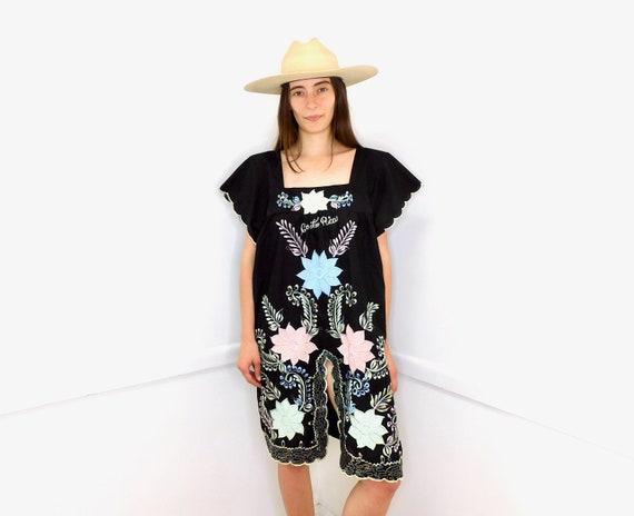 Costa Rica Dress // vintage sun embroidered floral 70s 80s boho hippie hippy black // O/S